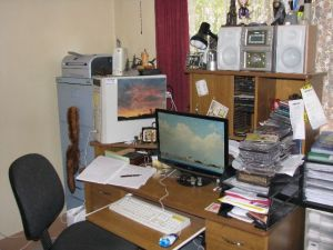 jason nahrung's writing desk